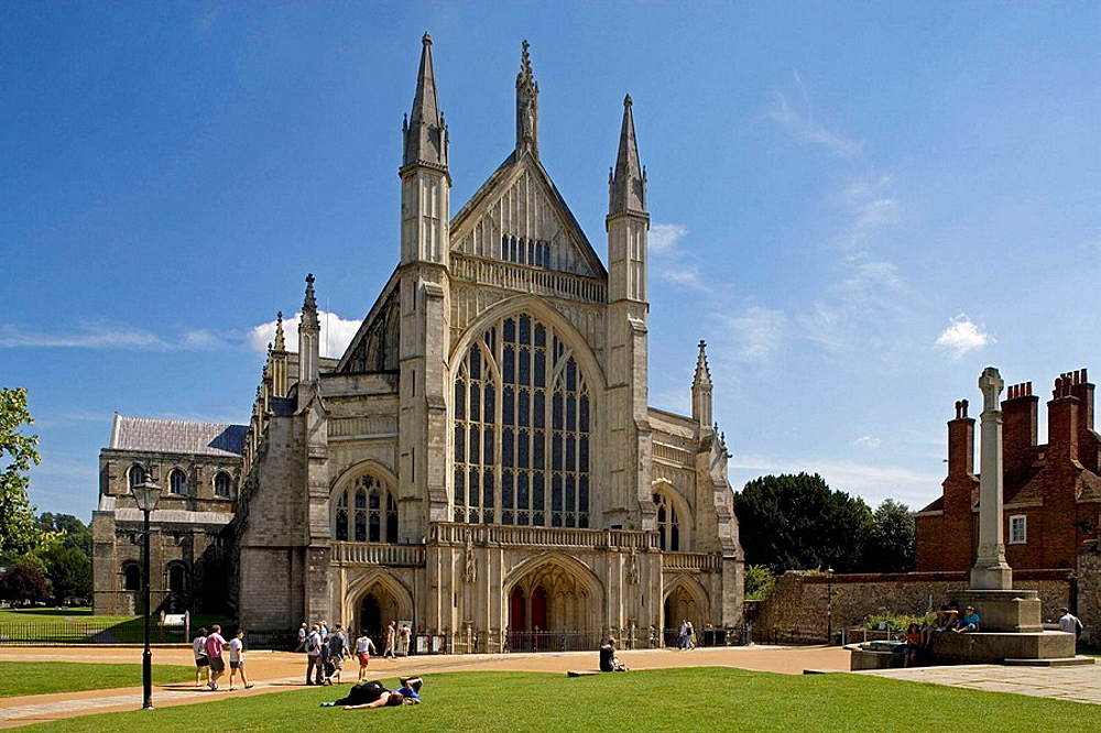Winchester, cathedral, from 1079, rebuilt 1107, Old Minster, the Perpendicular style, Hampshire, UK.