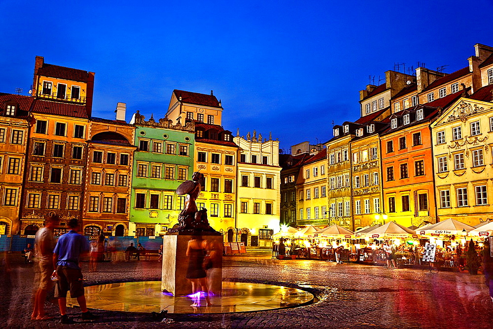 Market Square In Old Town, Warsaw.
