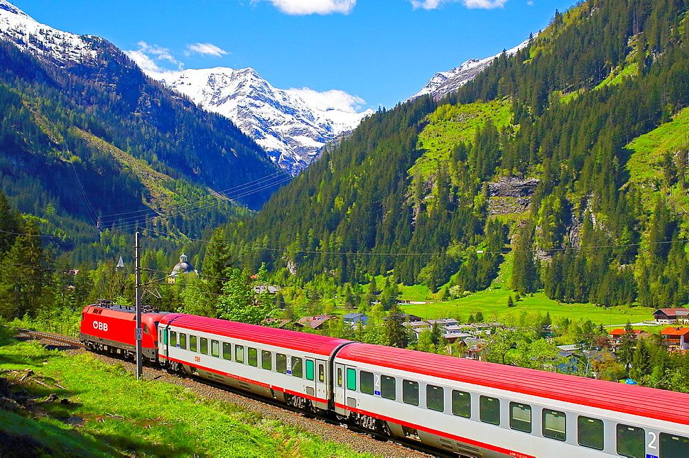 Austrian Federal Railway, oBB, Passenger train in the Gastein valley ago train Station Boeckstein.