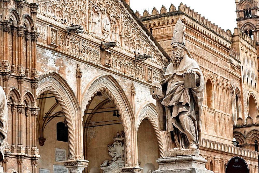 Detail of Duomo cathedral, Palermo. Sicily, Italy