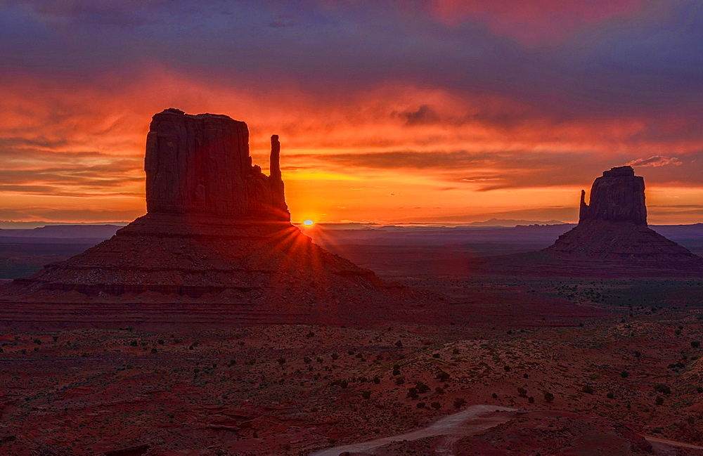 dramatic sunrise at Monument Valley, Arizona-Utah border.