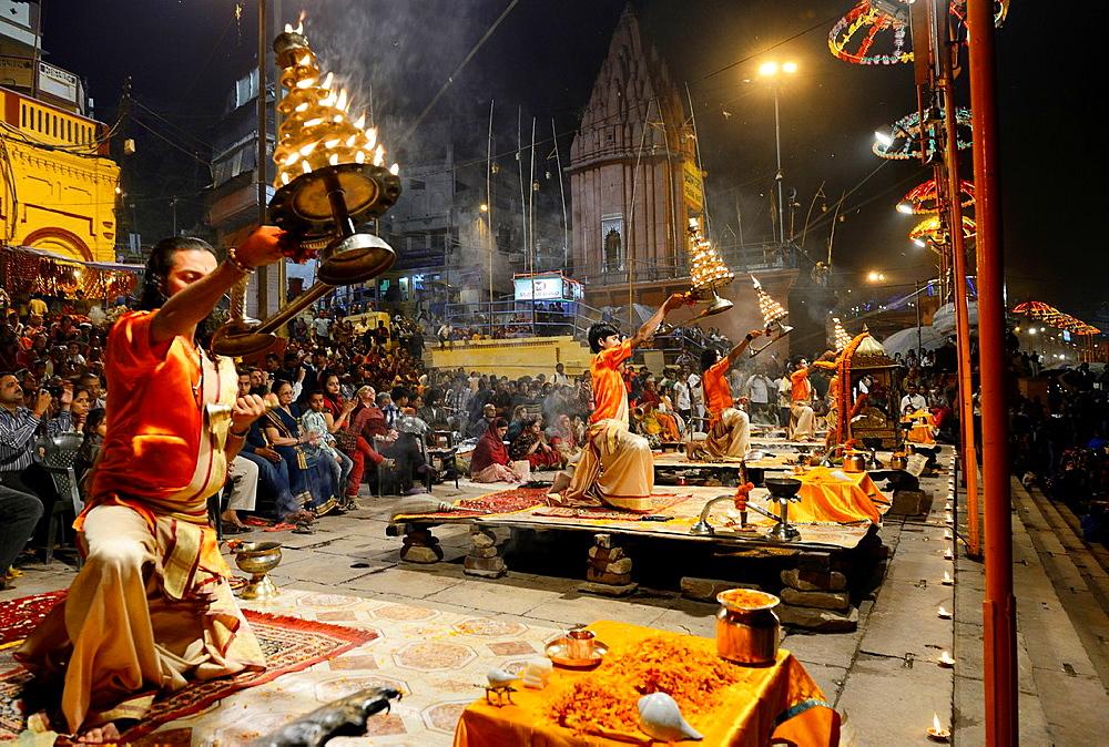 India, Uttar Pradesh, Varanasi, Aarti, Offering of light to the Ganges.