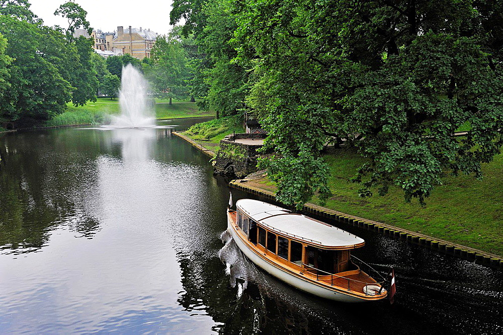 boat trip on the Canal Pilsetas surrounding the Old Town of Riga, Latvia, Baltic region, Northern Europe