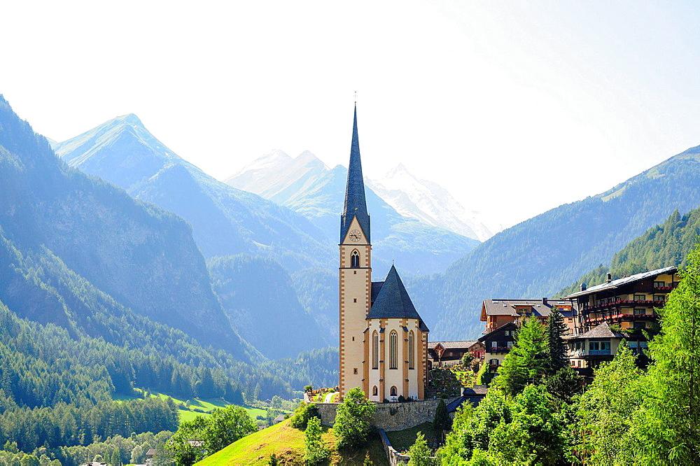 Heiligenblut, Austria, Carinthia, Grossglockner.