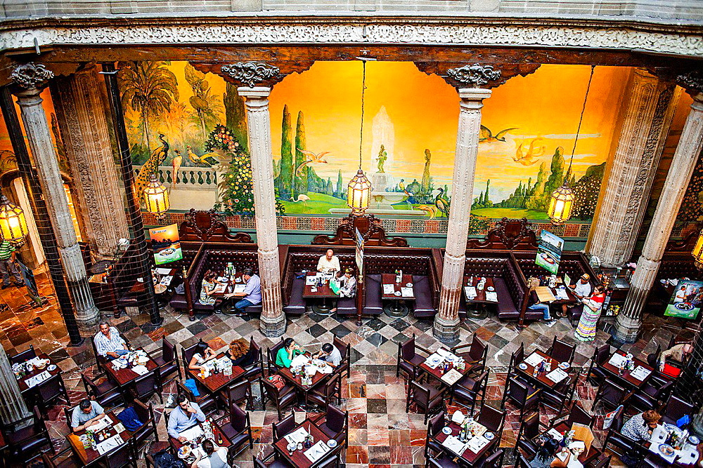 Casa de los Azulejos (House of Tiles), restaurant, Mexico City, Mexico.