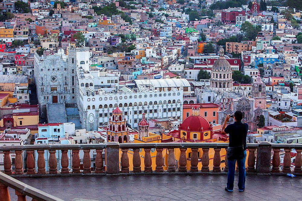 Tourists, View of Guanajuato from the 'Mirador el Pipila', state Guanajuato, Mexico.