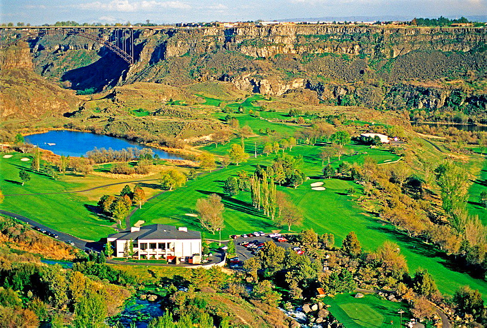 Twin Falls, The Blue Lakes Golf Course And Country Club in the Snake River Canyon at the City Of Twin Falls in southern Idaho.