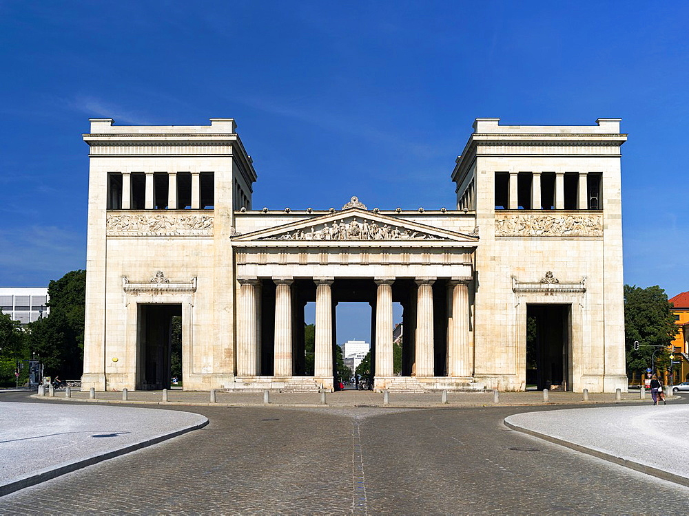The Propylaea near Konigsplatz in Munich. The Propylaea have been commisioned by King Ludwig the first and buildt by Leo von Kleinze. Europe, central europe, germany, bavaria, August 2013.