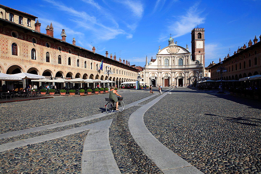 Piazza Ducale with the Cathedral facade, Vigevano, Lombardy, Italy.