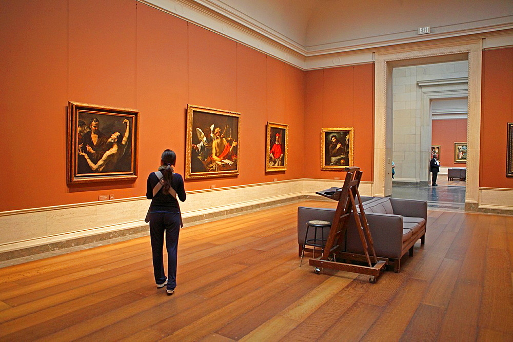 Tourist at National Gallery of Art, Washington D.C., USA.