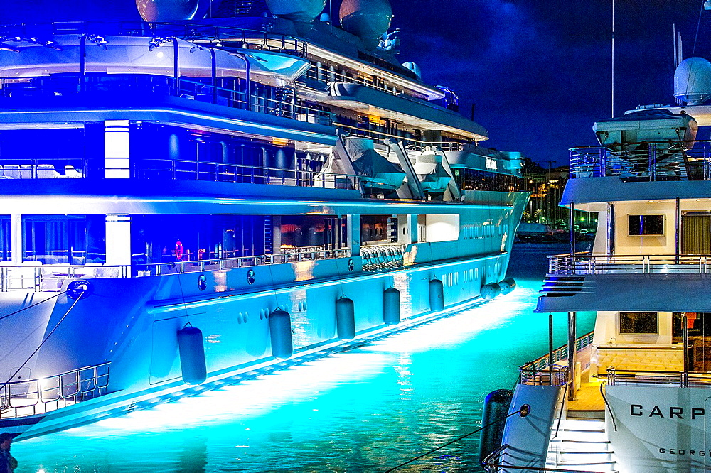 Europe, France, Alpes-Maritimes, Antibes. Quay billionaires, cruises at night.