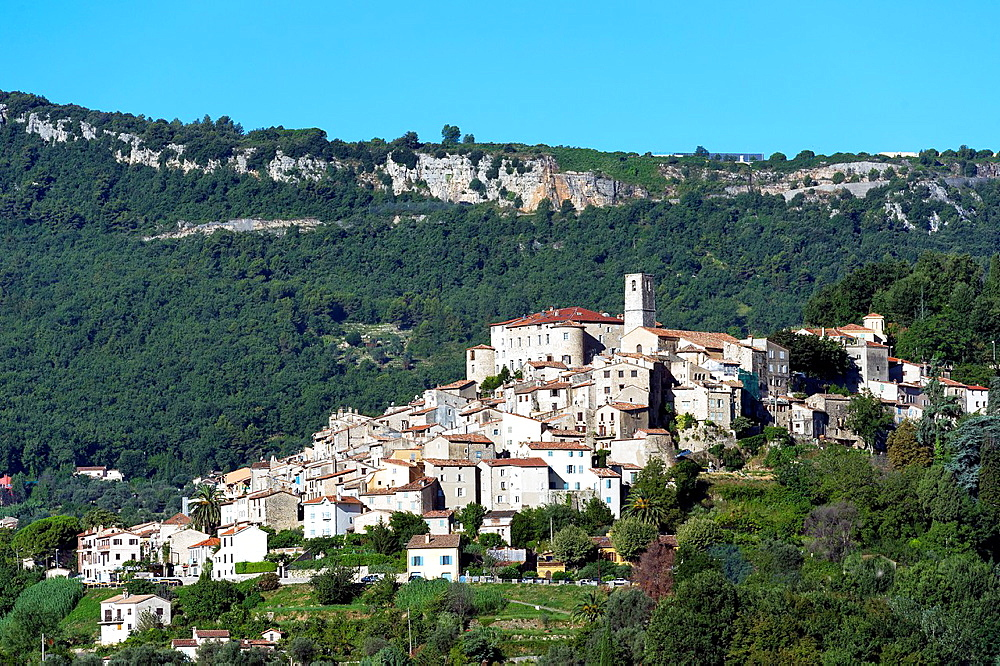 Europe, France, Alpes-Maritimes, Bar sur Loup. Perched village.