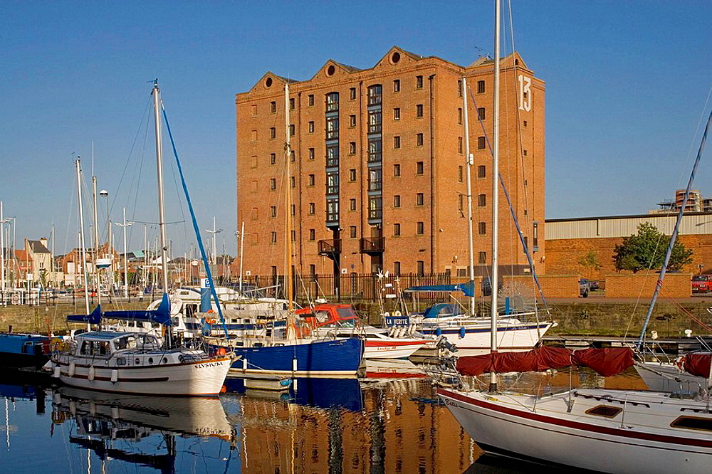 Kingston-Upon-Hull, Humber Dock, Marina, East Riding of Yorkshire, UK