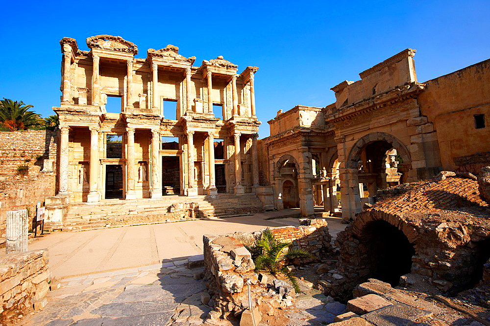 The library of Celsus at sunrise in the Roman ruins of Ephesus, Turkey.