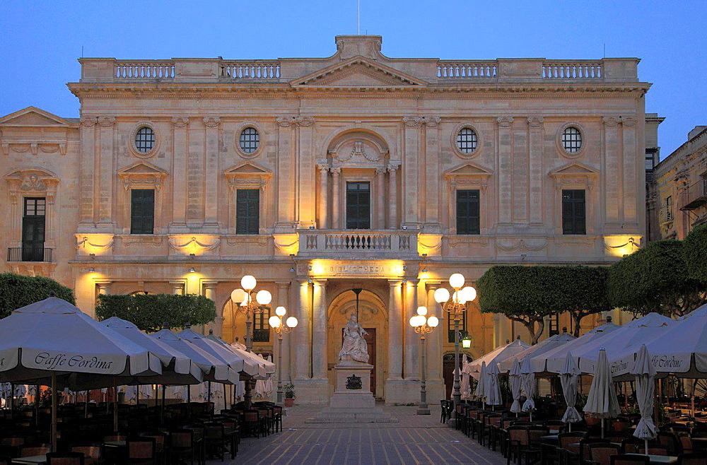 Malta, Valletta, National Library, Queen Victoria statue, Republic Square.
