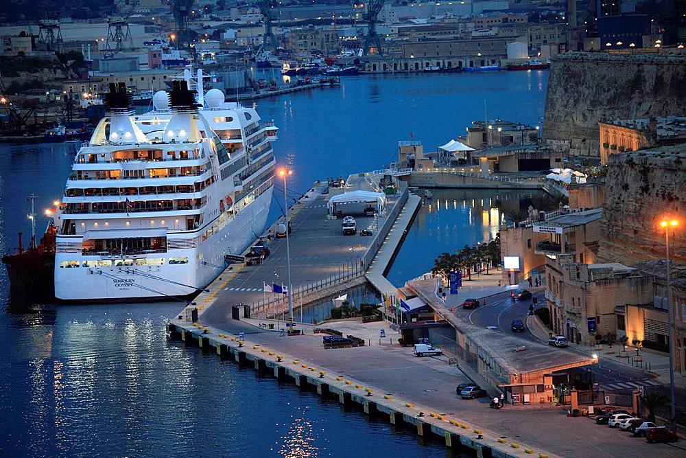 Malta, Valletta, Grand Harbour, Cruise Liner Terminal.