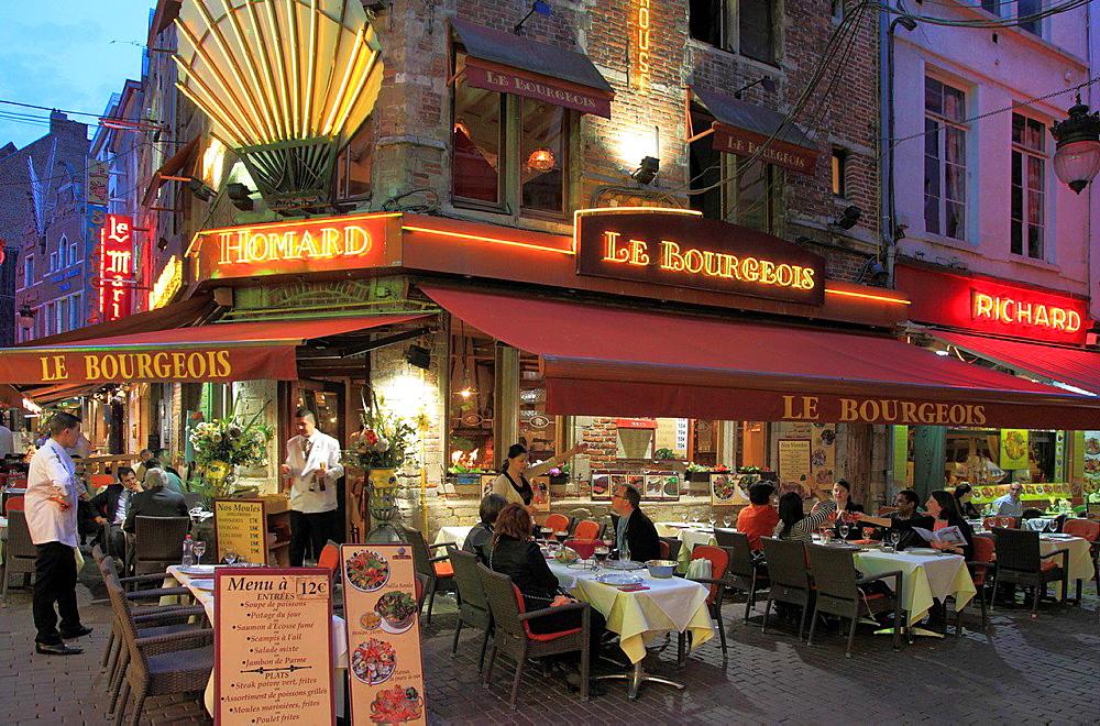 Belgium, Brussels, Rue des Bouchers, restaurants.