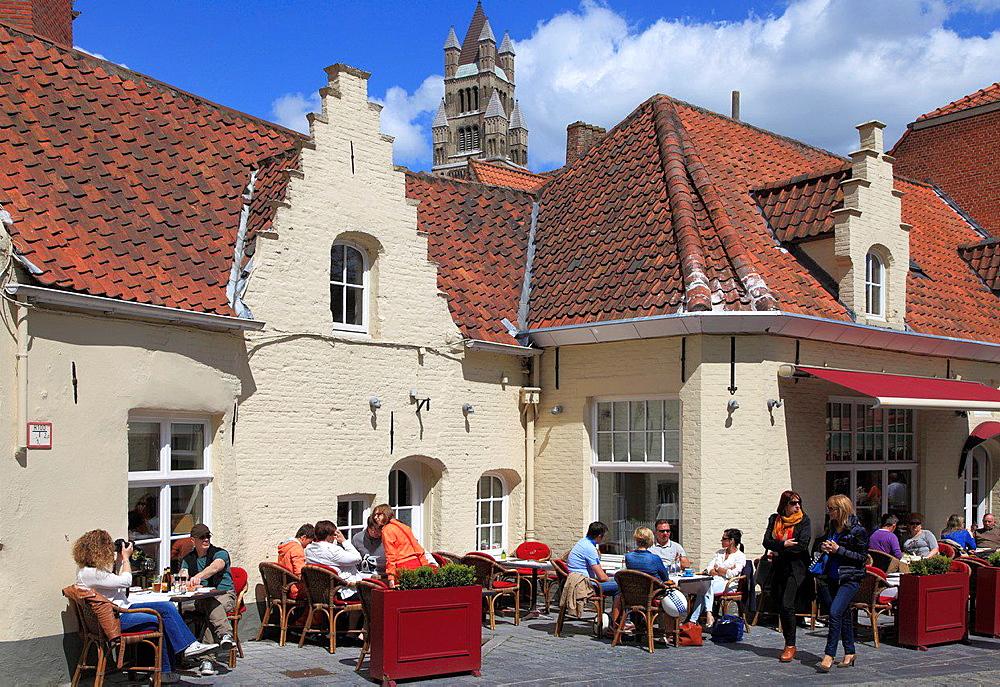 Belgium, Bruges, cafe, people, street scene.