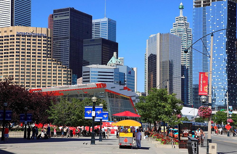 Canada, Ontario, Toronto, downtown, skyline, street scene,.