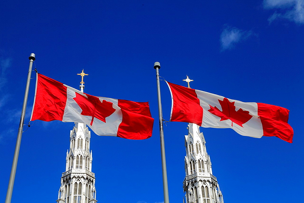 Canada, Ontario, Ottawa, Notre Dame, Cathedral, Basilica, Canadian flags,.
