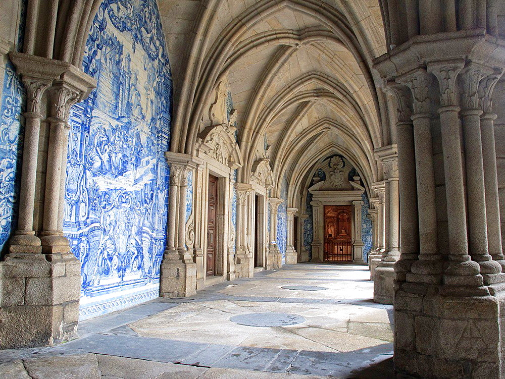 cloisters inside Se Cathedral Porto Portugal.