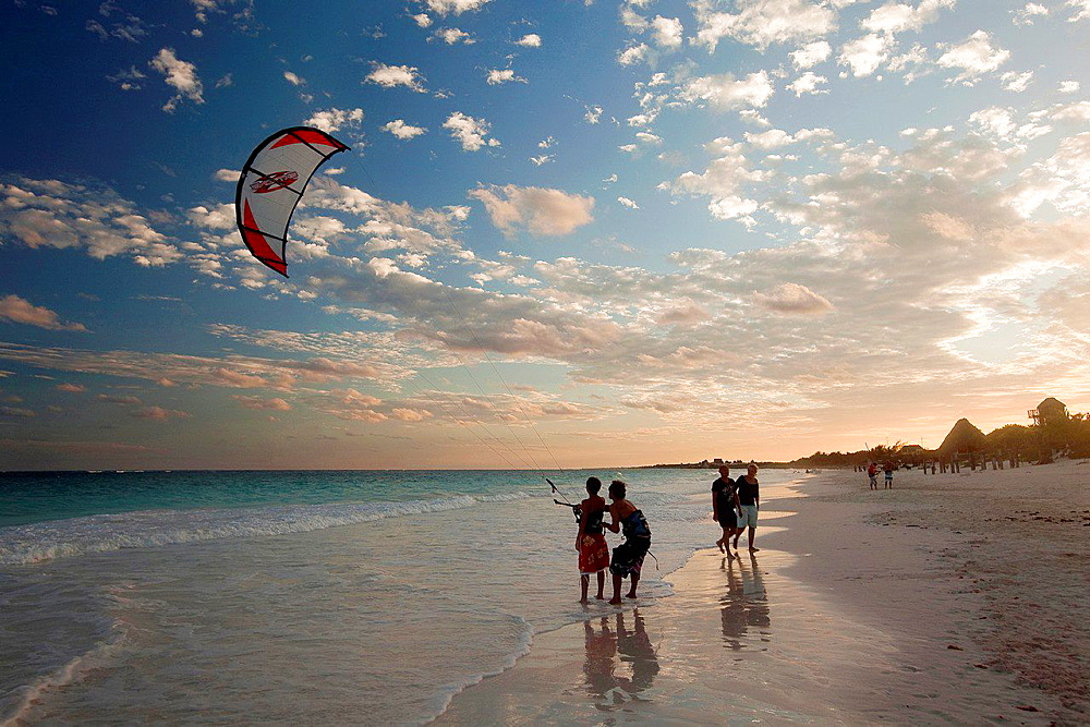 Teacher giving a kitesurf class, Tulum, Quintana Roo, Yucatan, Mexico.