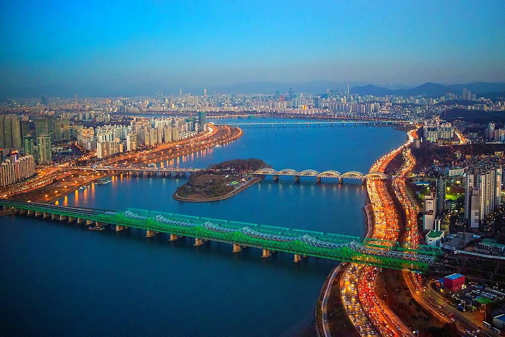 Korea, Seoul City, Olimpic-daero Highway.