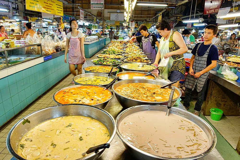Thai curries extraordinaire at the Thanin Market in Chiang Mai, Thailand.