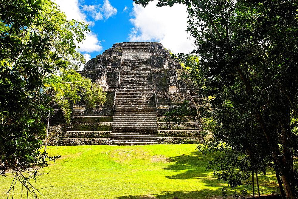 Guatemala, Tikal, Mundo Perdido.
