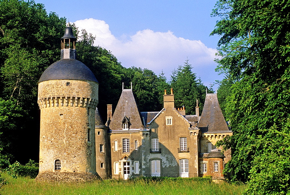 Castle of Montimer, La Perriere, Regional Natural Park of Perche, Orne department, Lower Normandy region, France, Western Europe.