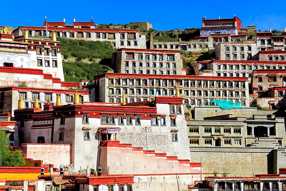 Ganden Monastery, Wangbur Mountain, Lhasa, Tibet, China.