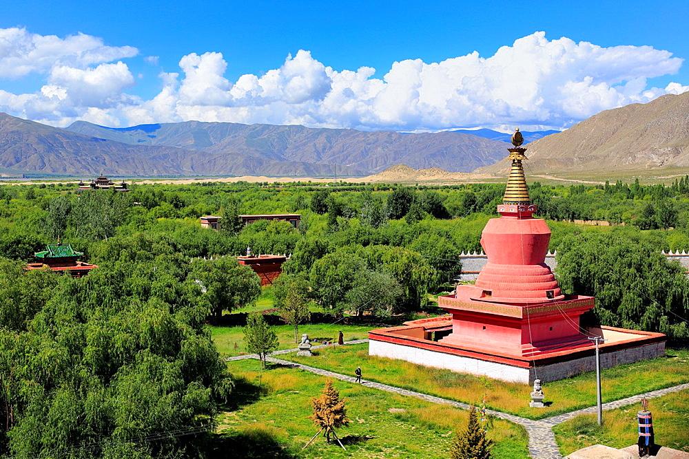 Stupa, Samye Monastery (Samye Gompa), Dranang, Shannan Prefecture, Tibet, China.