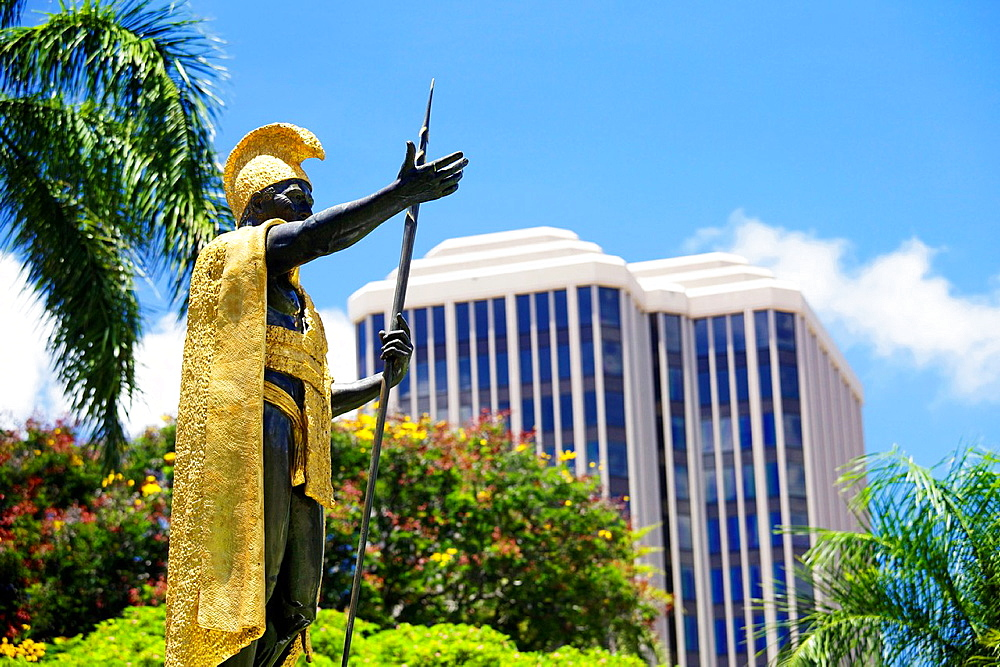 USA, Hawaii, Oahu, Honolulu, Hawai¥i Supreme Court, Statue of King Kamehameha