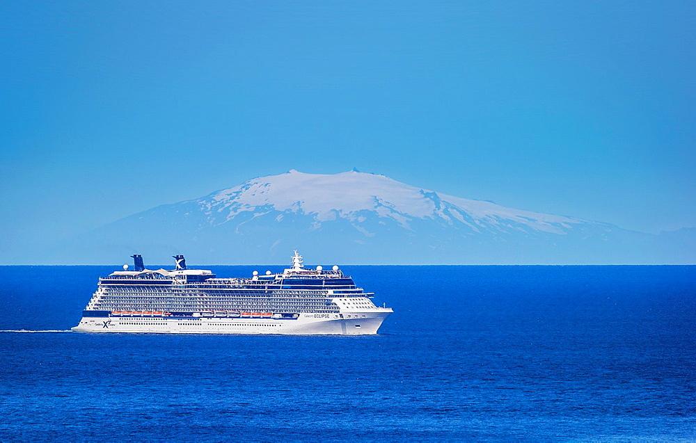 Summertime, Cruise ship with Snaefellsjokull Glacier in the background, Reykjavik Harbor, Iceland.