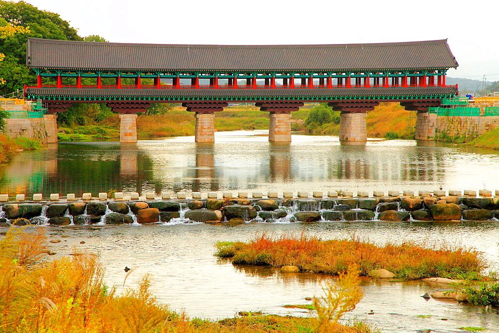 South Korea, Gyeongju, covered bridge, Hyeongsangang River,.