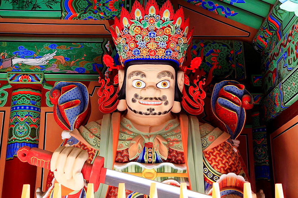 South Korea, Busan, Beomeo-sa, buddhist temple, guardian statue,.