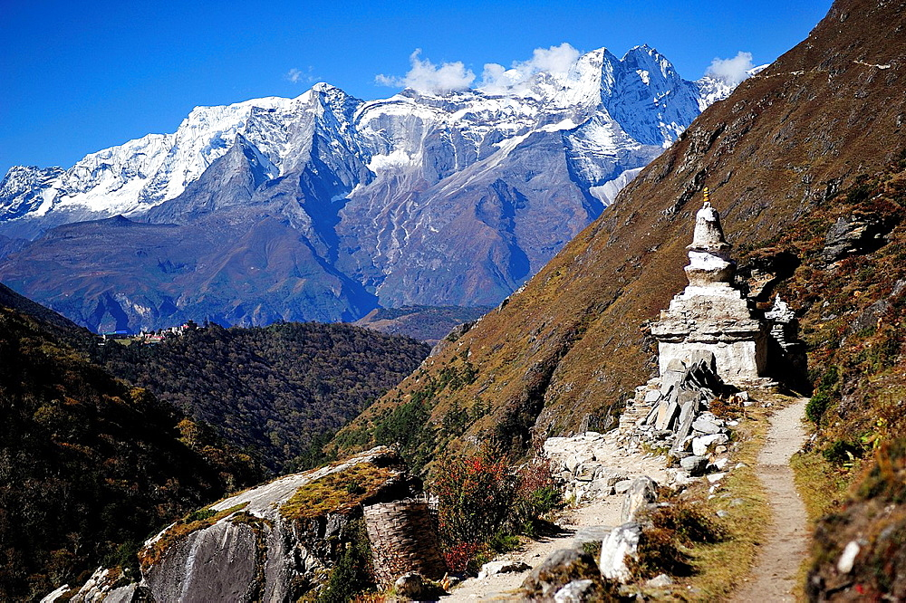 Sagarmatha National Park, the Himalaya range, Khumbu area, Solukhumbu District, Sagarmatha Zone, Nepal