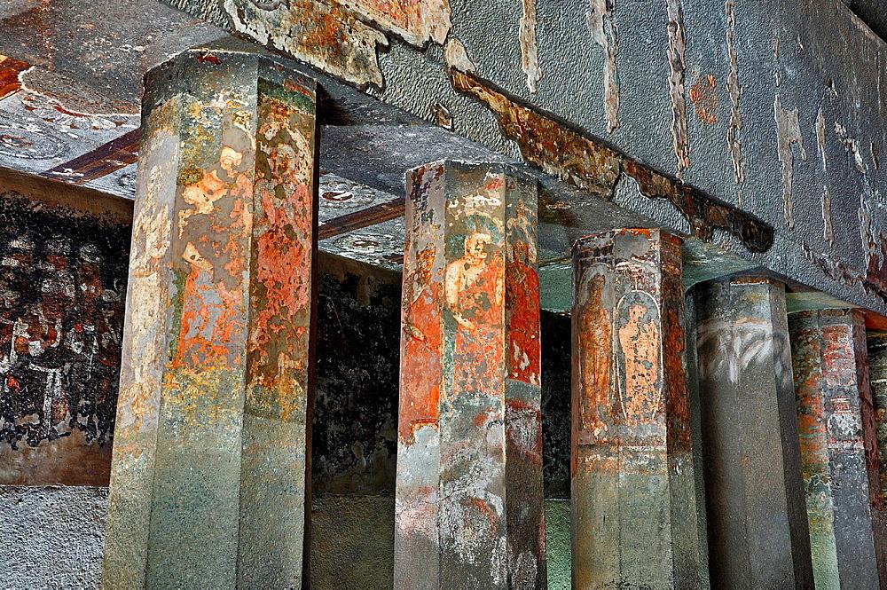 Cave 9: Paintings on Pillars. Buddha figures. Ajanta Caves, Aurangabad, Maharashtra, India.