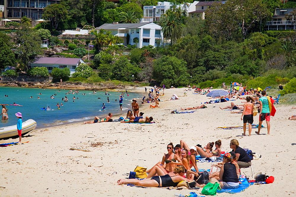 Chinaman's beach,sydney,australia.