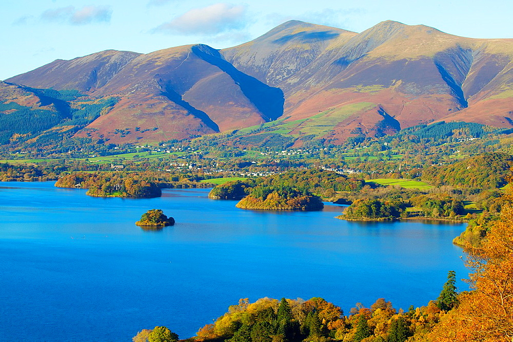 Skiddaw mountain above Derwent Water Lake District National Park Cumbria England United Kingdom Great Britain. - 817-472195