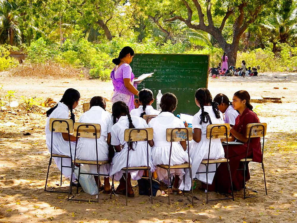 Improvised school after the tsunami, Sri Lanka.