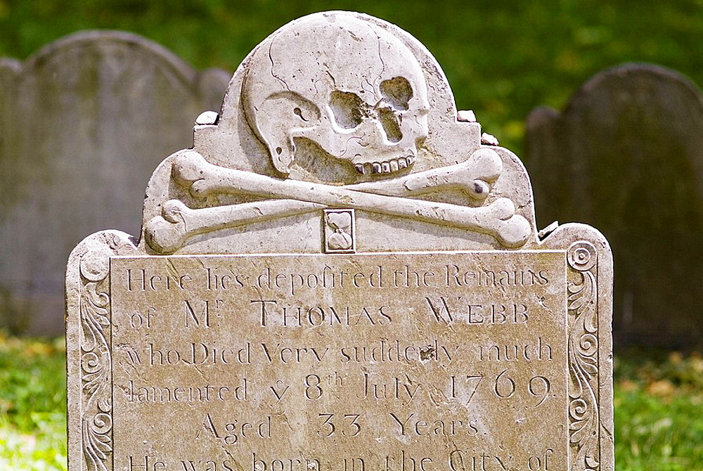 Scull and crossbones on a gravestone in Boston, USA