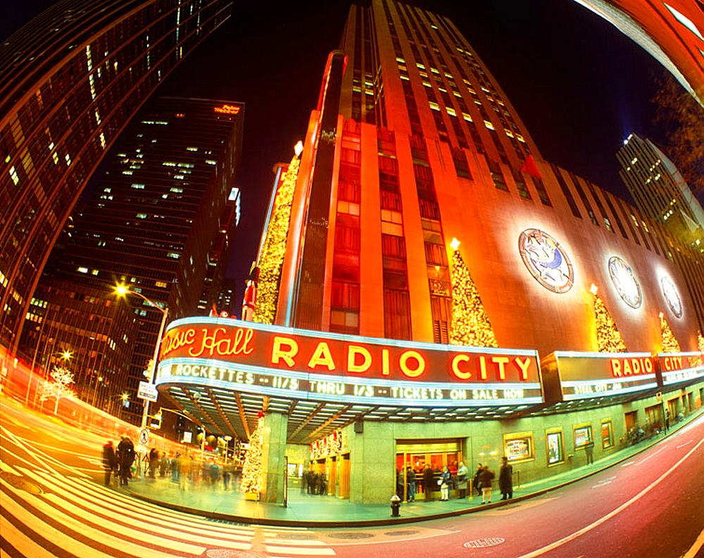 Christmas, Radio city, Rockefeller center, Manhattan, New York, USA. - 817-53355