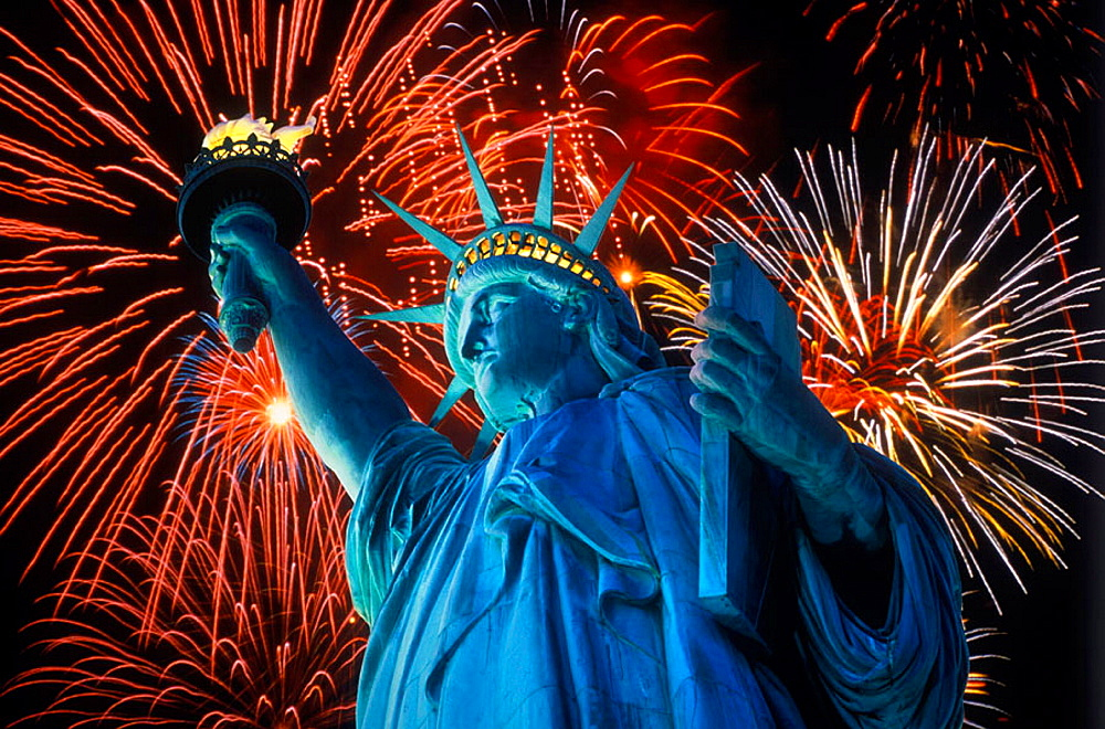 Fireworks, Statue of liberty, New York, USA. - 817-53531