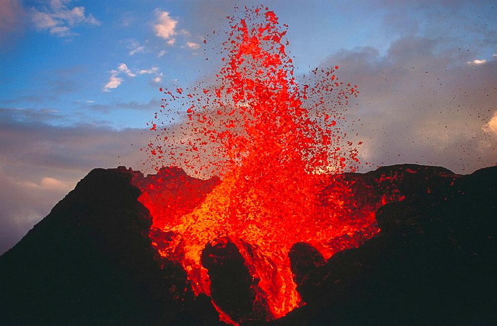 Volcano Piton de la Fournaise, 1998 eruption, Reunion Island