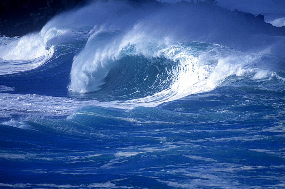 Scenic wave: storm wave.