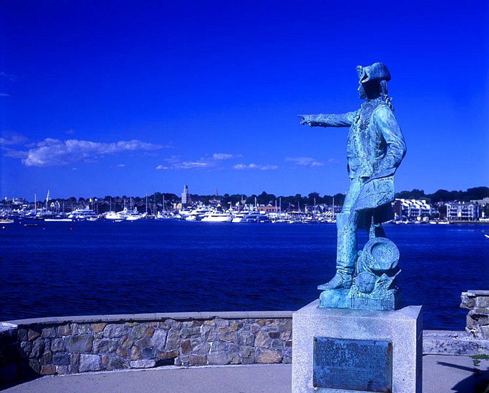 Count-de-rochambeau statue, Newport, Rhode island, USA.