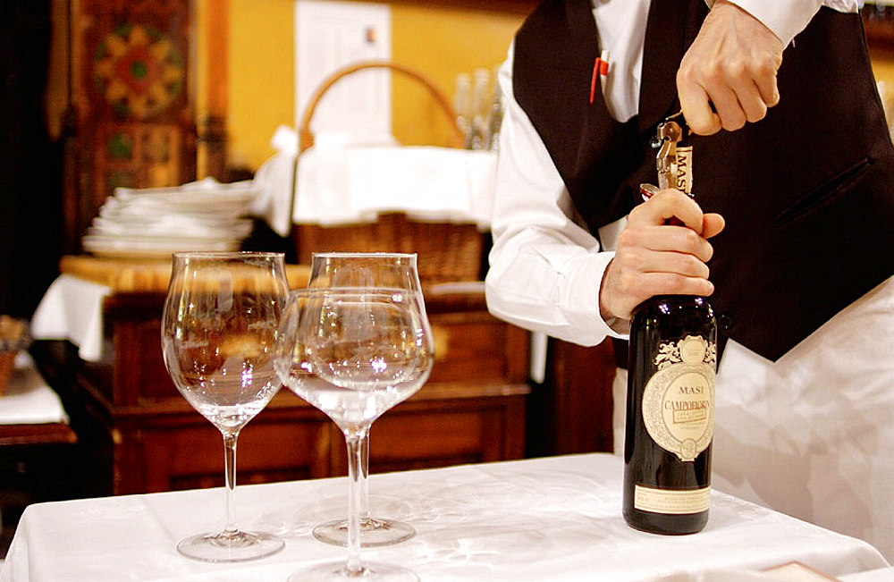 Bottega del Vino restaurant and cellar, Verona, Veneto, Italy
