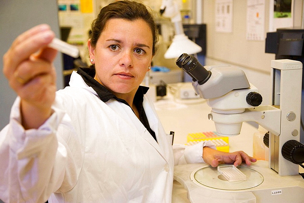 Water samples, Plankton laboratory, AZTI-Tecnalia, Technological Centre specialised in Marine and Food Research, Pasaia, Gipuzkoa, Euskadi, Spain. - 817-67360
