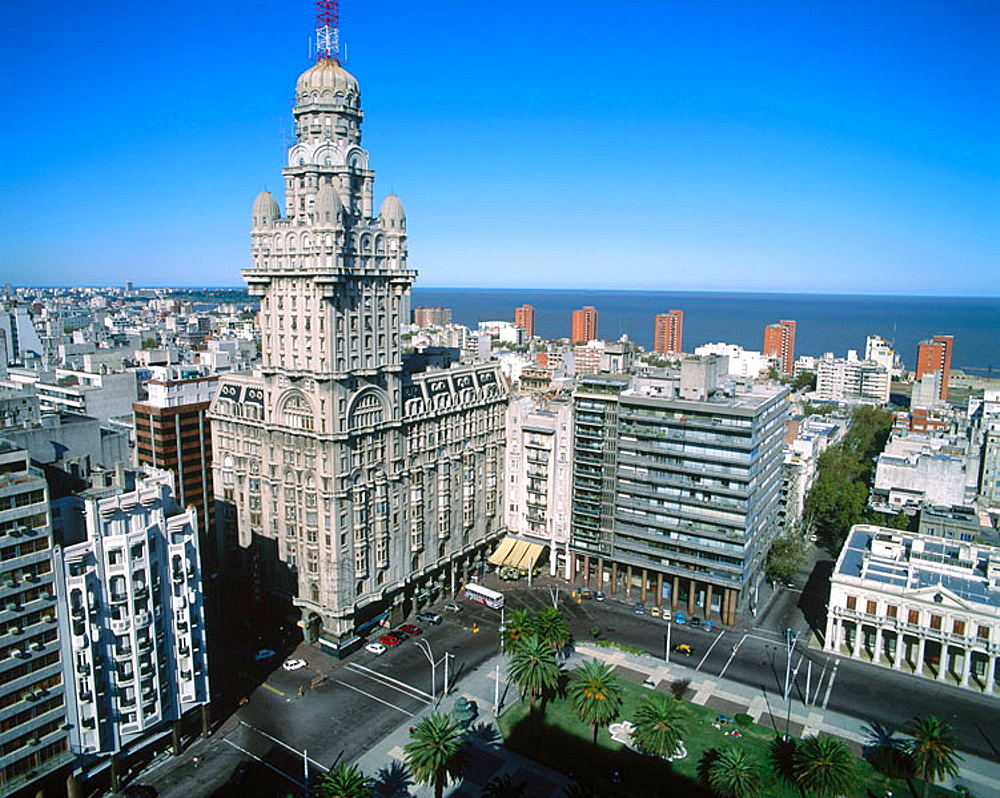 Salvo palace, Plaza Independencia, Montevideo, Uruguay